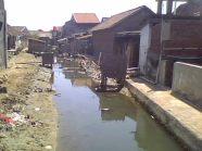 WC UNIK DI TAMBAK BULUSAN (3)